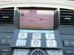 ドライブの必須装備、DVDナビ付!フルセグTV、DVD再生も可能です!購入時から付いているとお得な装備が満載♪