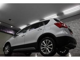 H31,2登録スズキ・SX4 S-CROSS 4WD入荷です!フルセグナビTV!インテリジェントキー!パドルシフト!前席シートヒーター!純正セキュリティ!クルーズコントロール!横滑り防止機能!LED!