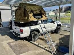 メーカー:米国TOYOTA 車種:タコマ TRD PRO 走行距離:5,500km 色:ホワイト