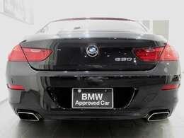 1年間走行距離無制限保証エンジンやトランスミッション、ブレーキなど主要部品が、万一、修理が必要な場合は工賃まで含めて無料で対応します。完成度の高いBMW Approved Carsは、ご購入後も安心です。