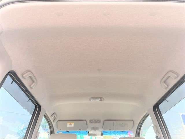 天井、内張りも傷、汚れなどなく、大変綺麗な状態です。