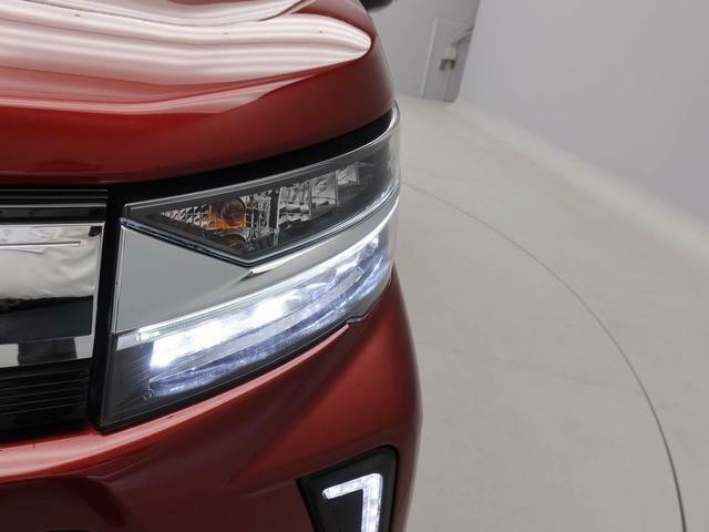 LEDのヘッドランプなので、明るく照らしてくれます。