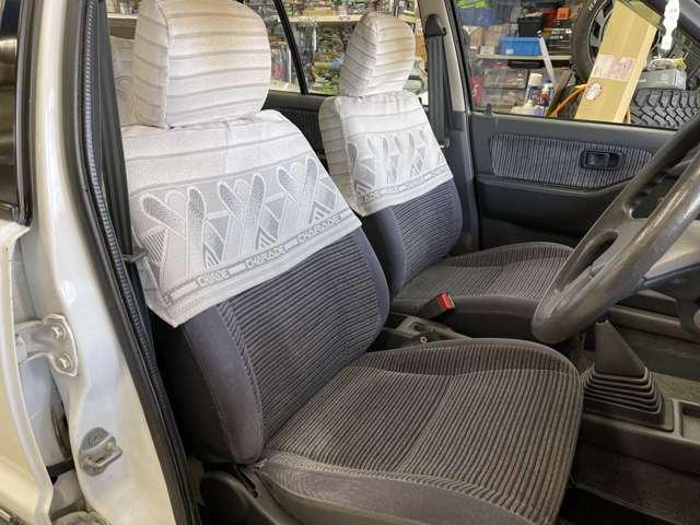 フロントシート綺麗です!純正シートカバー付き!