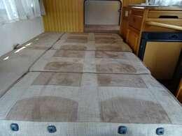 ダイネットベッド寸法「190×120」大人2名様分の就寝スペースです♪