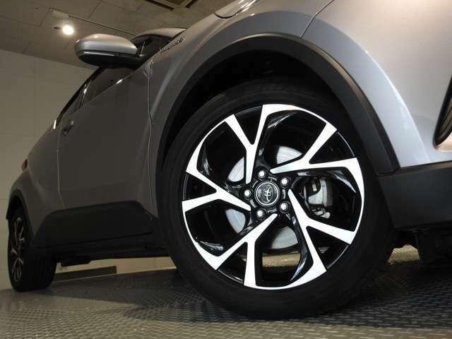Bプラン画像:タイヤサイズは225/50R18です。