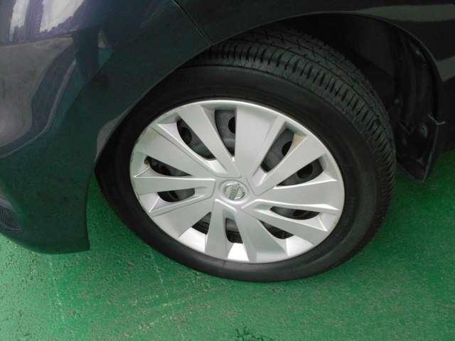 スリップ防止装置装備。路面状況の変化や、急激なステアリング操作をした場合等に自動車の車両姿勢が乱れた際、運転操作だけでは防ぎきれない横滑りを極力抑制し車両の姿勢を可能な限りを安定させるシステムです。