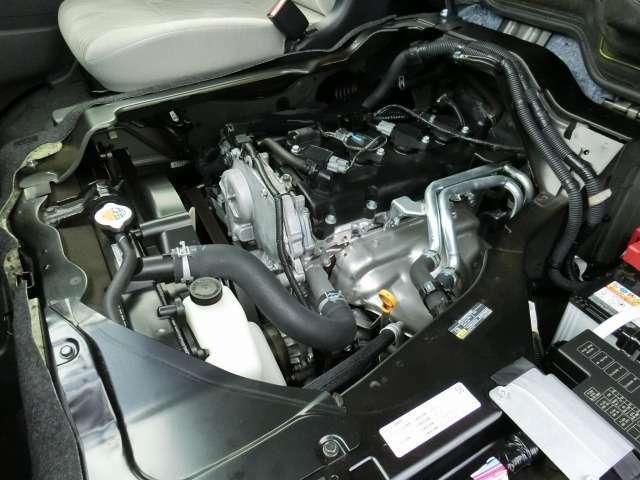 2500ccガソリンエンジン(QR25DE型タイミングチェーン式)が搭載されています。