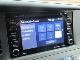 【純正ディスプレイオーディオ】FM・AMラジオやブルートゥース接続など多彩な機能を併せ持っており、インパネ周りがすっきりしてますね!追加オプションでナビ機能やフルセグTV、DVD再生なども可能です。