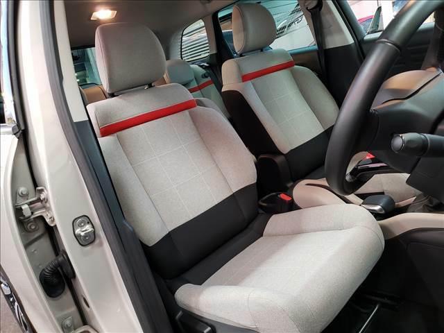 オシャレなデザインのシートもオシャレな車両です!