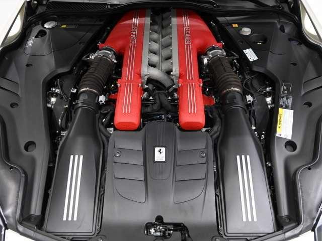 6.3リッター自然吸気V12気筒エンジン。マルチシリンダーならではの滑らかな回転フィールとパワーをご体感ください。低回転から幅広いパワーバンドで扱い易さも兼ね備えています。