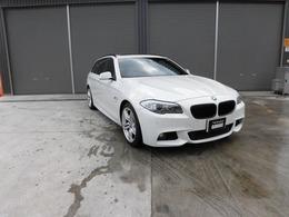 BMW 5シリーズツーリング 523i Mスポーツパッケージ 黒レザー サンルーフ 19AW