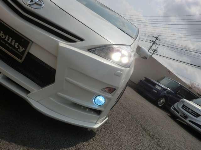 LEDデイライトLEDヘッドライト/キセノンフォグランプ/ヘッドライトウォッシャー付です!