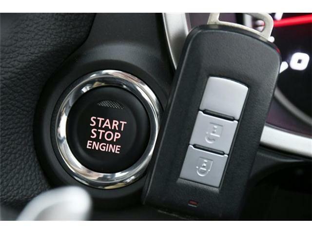 スマートキー・プッシュスタート搭載!ワンタッチでエンジン始動が可能です♪