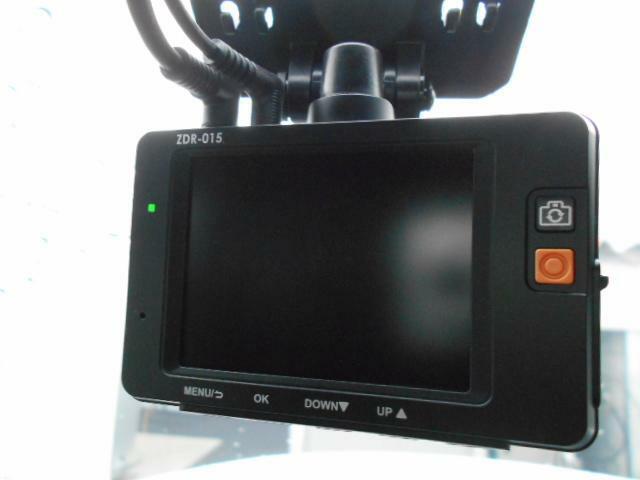前後撮影タイプのドライブレコーダーも装着済みとなっております。