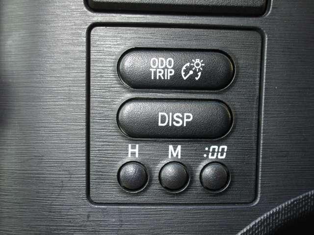 総走行距離(ODO)や、A地点からB地点(TRIP)の測りたい距離を測ることも可能です。TRIPはリセットが可能です。