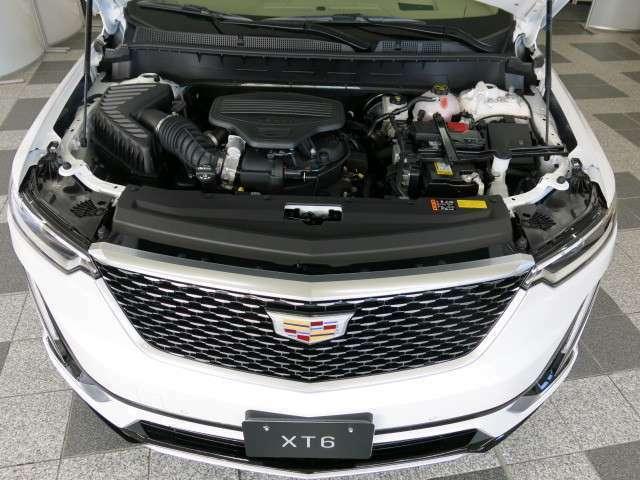 パワートレインは最大出力314psを発生する3.6リットルV型6気筒エンジンと新設計の9速ATの組み合わせ。