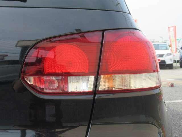 お車のご購入はもちろん、納車後も点検整備、車検、板金や修理から買取・お乗り換えまでお客様のカーライフをトータルでバックアップさせて頂きます!!