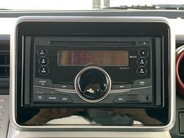 純正CD装着☆こちらの車両は全方位モニター装着車ですので対応ナビ装着すれば利用可能です♪