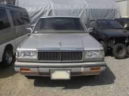 日産 セドリックセダン V6-2000