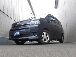 トヨタ ヴォクシー 2.0 X 4WD 左側パワースライドドア