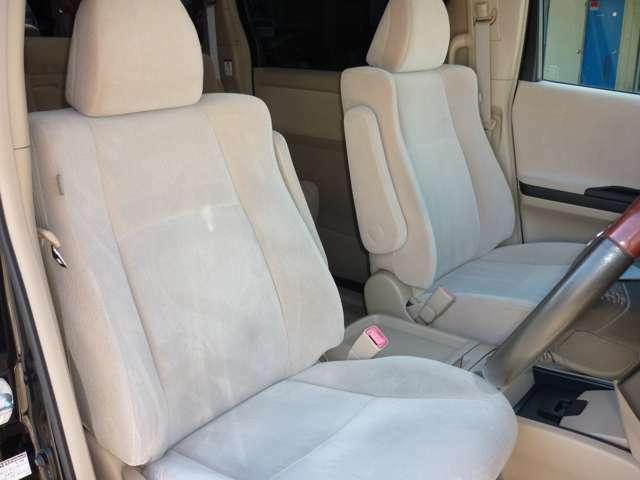 Aプラン画像:☆白を基調とした明るい車内です☆