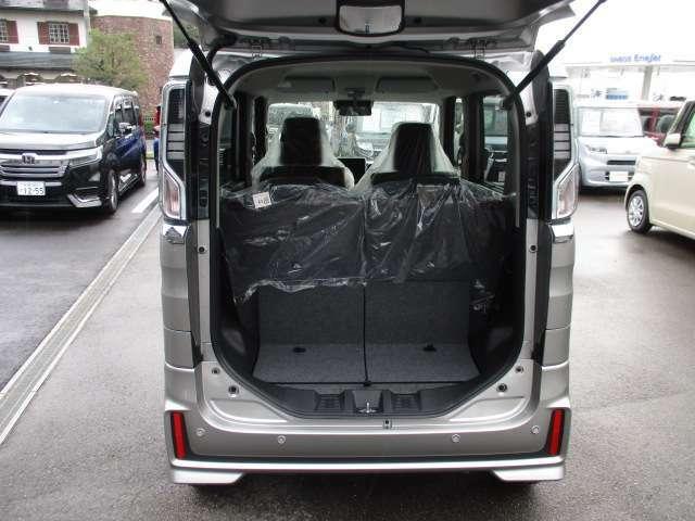 荷室も広いので、大きい荷物もたくさん積めます!!電話でのお問い合わせは0066-9711-371604(無料)です♪お気軽にどうぞ♪
