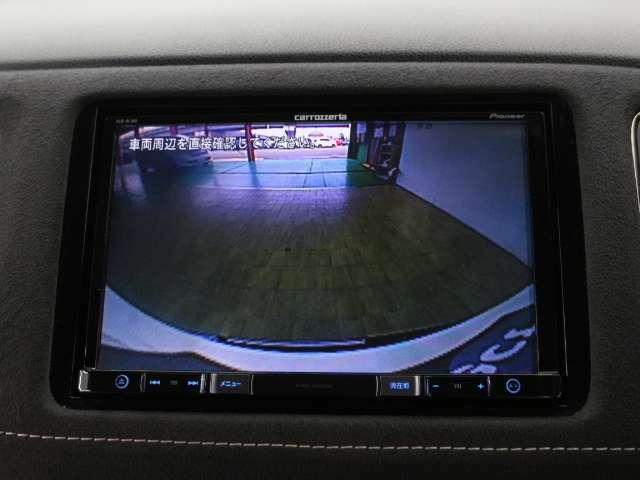 リアカメラが付いています!駐車時や後進時に視界確保のサポートをしてくれるので安心できますね♪人気装備です!