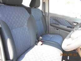 フロントシートの状態良好です。