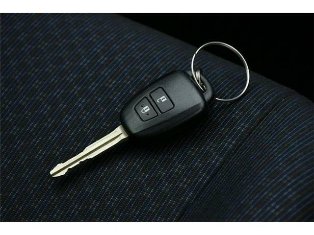 キーレスキー搭載!ワンタッチでドアのロックアンロックが可能です♪