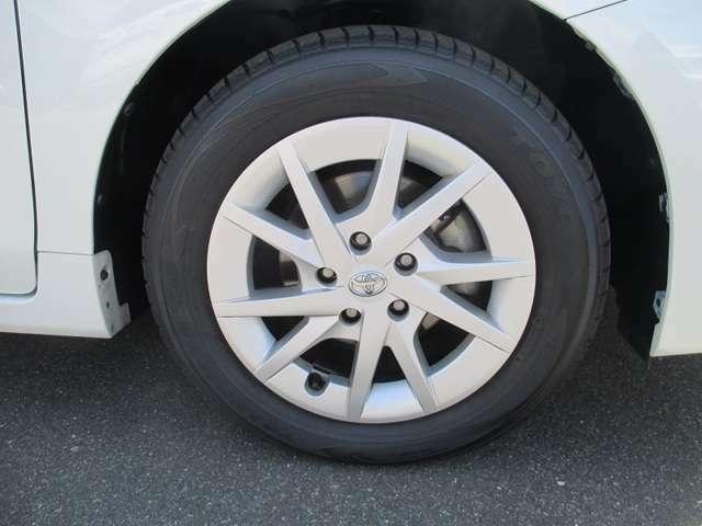 1年間走行無制限のトヨタロングラン保証。(対象項目:約60項目・5000部品)が対象です。全国5000ヵ所のトヨタディーラーで保証修理が可能です。