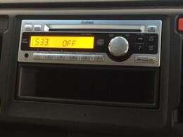 純正CDチューナーを装備しています