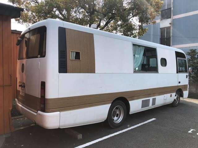 ※4月現在 定員10人 キャンピング ETC バックカメラ(カラー) リモコンー(D席) 使用中につき距離は少し伸びます。1月にエンジンオイル交換しています。ワンオーナーの幼児バス改