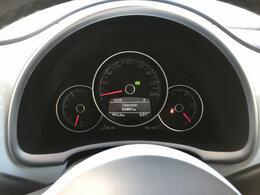 ☆マルチファクションインジケーターは、瞬間平均燃費、走行距離、運転時間など、ドライビングに役立つ情報を与えてくれます!