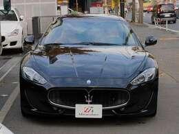 グラントゥーリズモ スポーツをお探しの方、是非一度お車をご覧ください!