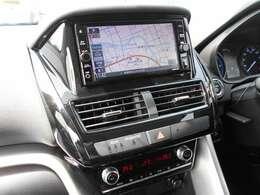 フルセグTV・DVDビデオ再生機能付き・ナビゲーション搭載車です。長距離ドライブでも快適ですね。