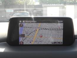 人とクルマ、そして外の世界と繋がる「マツダコネクト」。AM/FMラジオや、Bluetooth機能等、充実した装備です