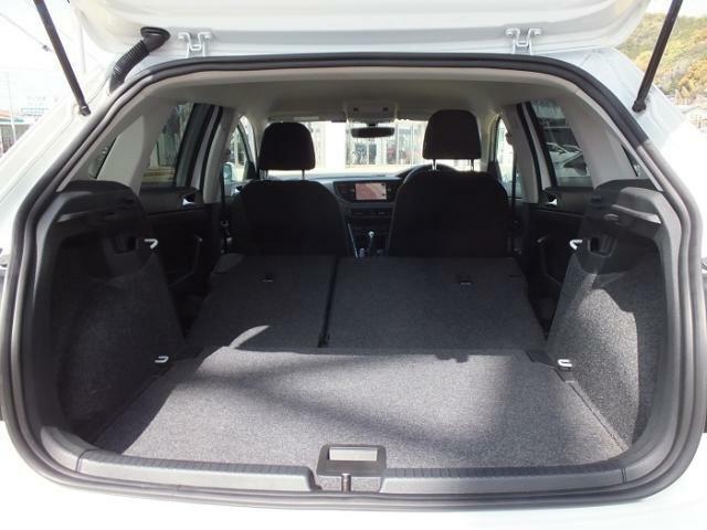 後席シートをすべて倒すことにより1125Lの容量を生み出すことが出来ます。
