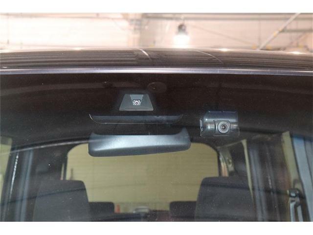 ホンダセンシングが装備されており低速走行中に前方車両に対して衝突の可能性がある場合に作動、自動的に停止または減速することにより衝突回避や衝突被害の軽減を図ります。