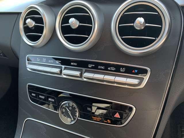 車検や点検でご入庫の際には、メルセデスベンツの代車を無料でご利用いただけます。買い替えのきっかけになる事も多く大変好評を頂いております。(台数に制限有)