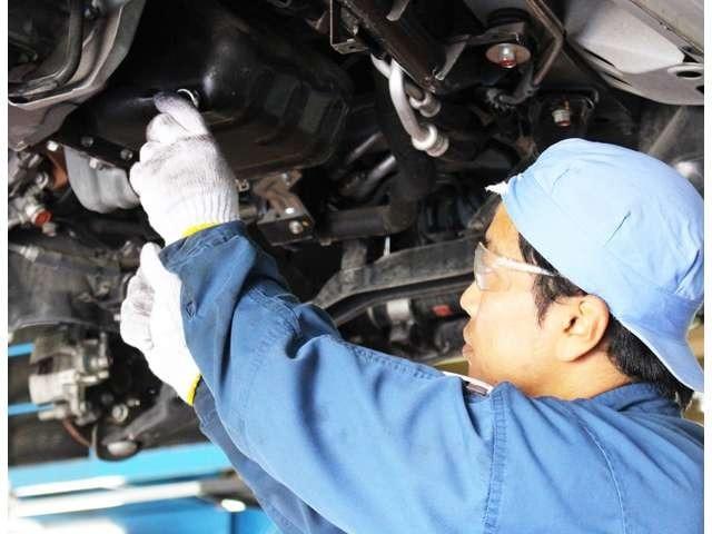 Bプラン画像:エンジン・足回り・電装系など点検整備実地します。
