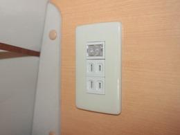 外部電源、AC100Vコンセント付きです!