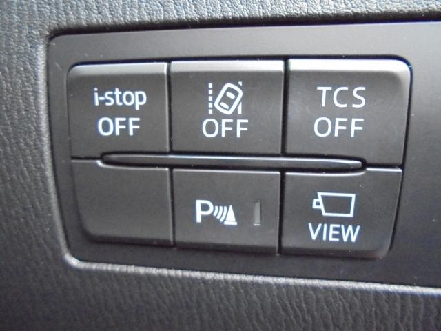 ドライバーに車線の逸脱を警告してくれるLDWS(車線逸脱警報システム)を装備しています!