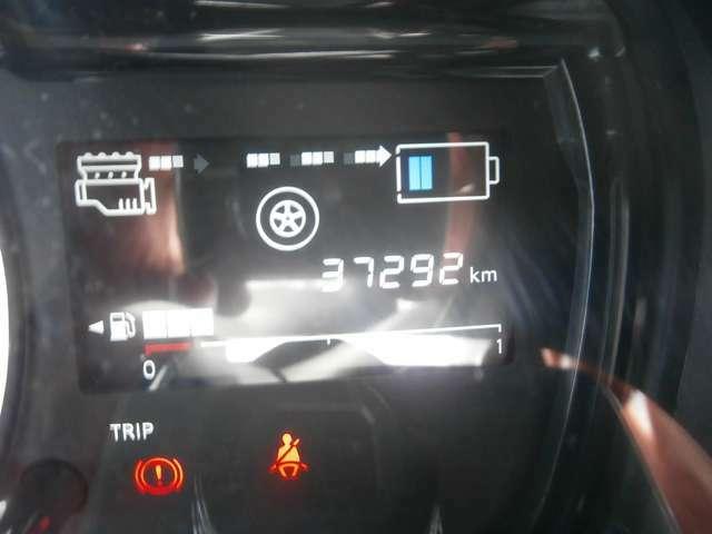 走行距離37292キロまだまだこれからの車です