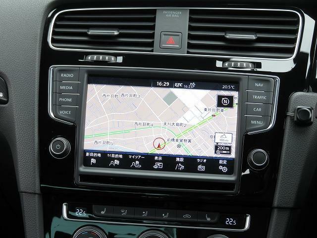 Volkswagen純正インフォテイメントシステム「Discover Pro」DSRC:ナビゲーションはじめオーディオ&ビジュアルや車両に関する情報などを集約した最新システムです。