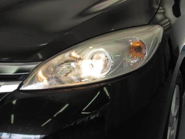 ヘッドライトはハロゲンタイプです。温かみのある光が夜道を照らしてくれます。