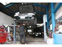 修理や整備、車検などもお任せ下さい。