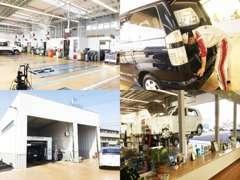 指定工場併設なので、車選びからアフターサービスまでお任せ!点検・整備中のおクルマを店内から確認できる仕様になっています♪