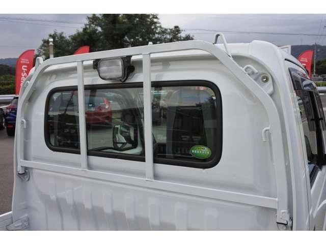 ディーラー整備士による納車前整備とアフターサービスは当店でお求めいただくのメリットのひとつです。