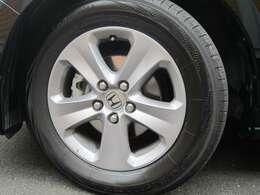 純正アルミホイール ヨコハマタイヤ製タイヤ 9部山 交換したです。ブレーキローターも交換済み