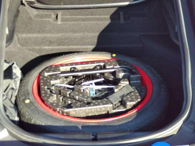 スペアタイヤもしっかり収納